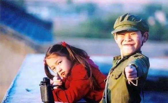 被忽略了15年的國產佳片,8歲的關曉彤出演,國際影帝主演!