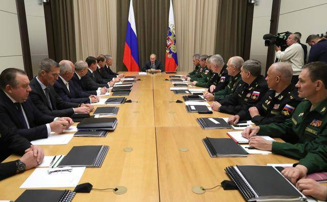 普京下令研制一款武器,西方專家感慨真是行家,難怪俄軍在敘獲勝