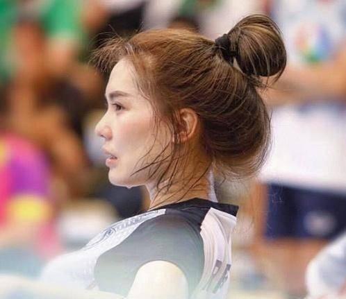 泰国最美女排运动员,曾因流汗照迅速走红,直言只爱排球