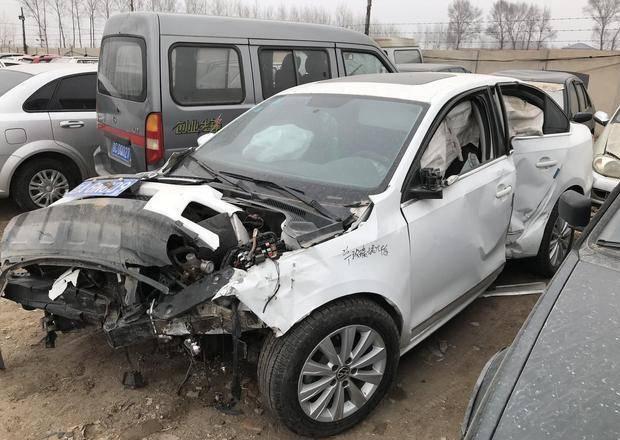 建议收藏!车辆出事故了,如何正确走保险才不会吃亏?7fi
