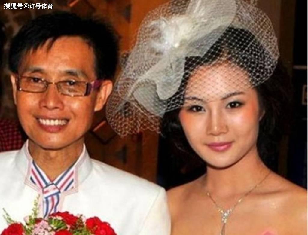 邓建国有几个妻子 邓建国的全部老婆都有谁