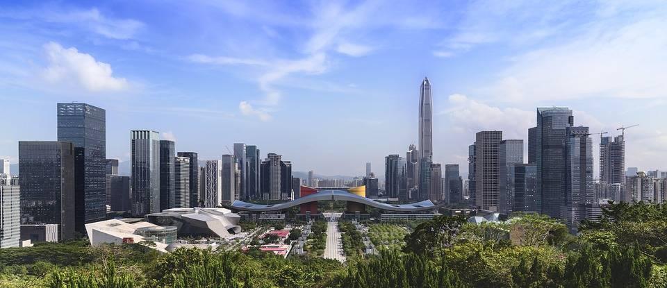 广东深圳与江苏苏州的2021年一季度GDP谁更高?