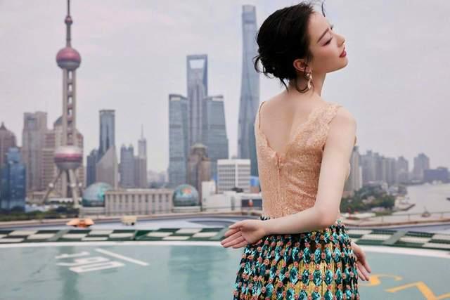 图片[6]-上影节红毯:曾黎万种风情,倪妮上半身让人移不开眼,刘昊然帅了-妖次元