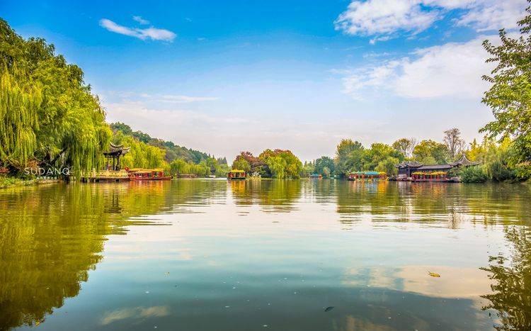 江南不止是有杭州西湖,还有一个瘦西湖,千年扬州城的繁盛之美