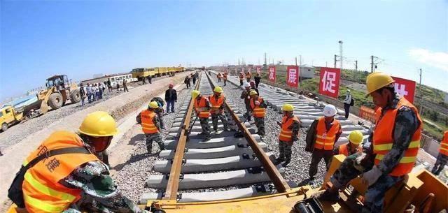 泰国500列火车连夜开到中国,只为表达诚心:希望中国不要''变卦''
