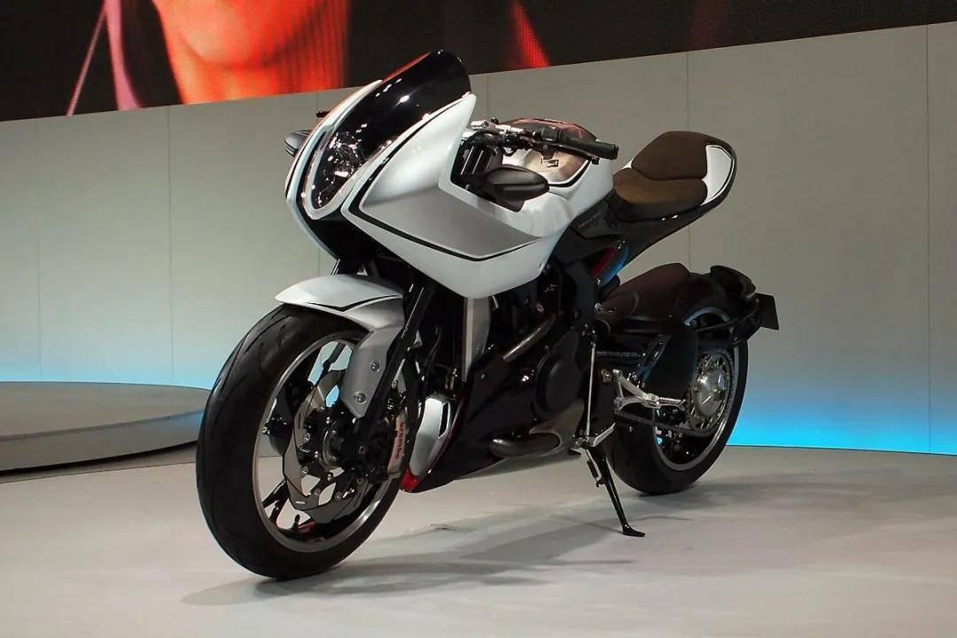 铃木增压车款专利曝光 量产增压摩托车或不再是川崎一家独大!