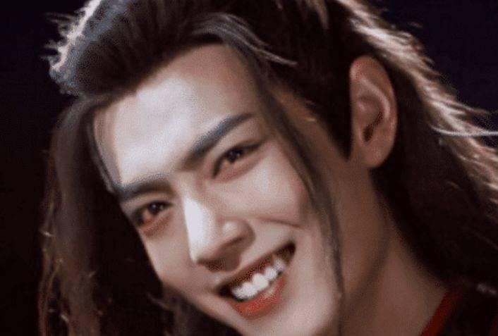 同样是入魔肖战靠眼神,赵丽颖靠配音,李沁靠演技,而他成了经典