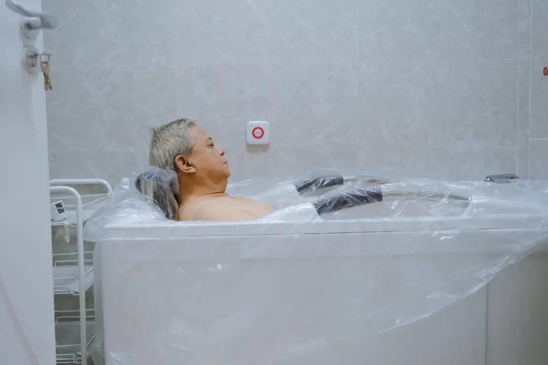 納諾巴伯氫浴機泡浴