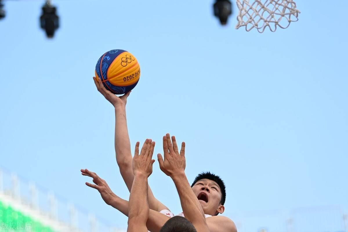 男篮一直饱受批评的声音,球队如何能走出低谷?7wy