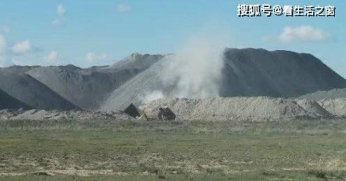 乌兰察布市商都县鑫隆矿业开采造成粉尘污染