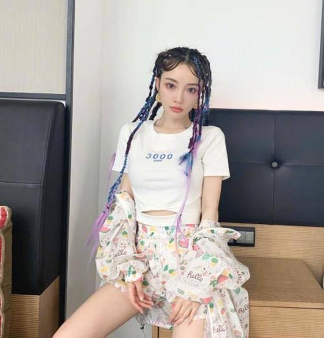 图片[14]-甜馨手动设计化妆品,李小璐素颜出镜当模特,为甜馨买千元材料-番号都