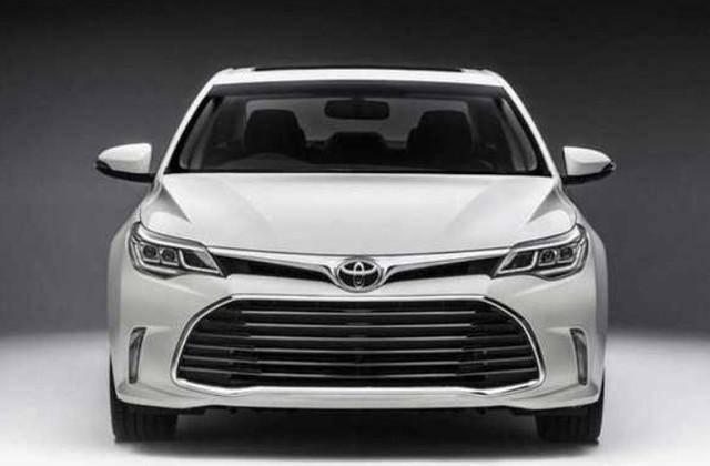 丰田新款车型厉害了,性价比完全不输凯美瑞,名字却被国人吐槽