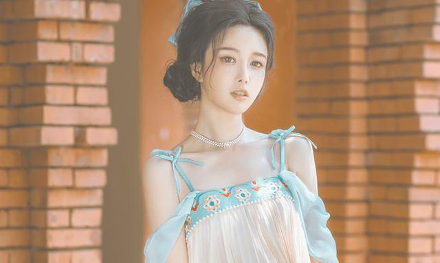 图片[8]-清华女学霸玩COS就不正经?一个汉服设计,让她成为人生赢家-妖次元