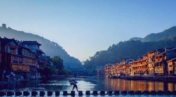 镇雄县gdp_云南人口最多的县,168万人,GDP仅200亿,交通发展带动经济爆发