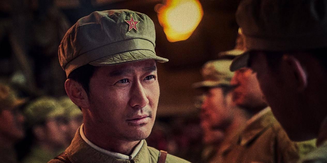 """从《士兵突击》到《长津湖》,兰晓龙手里的""""兵"""",是怎样炼成的"""