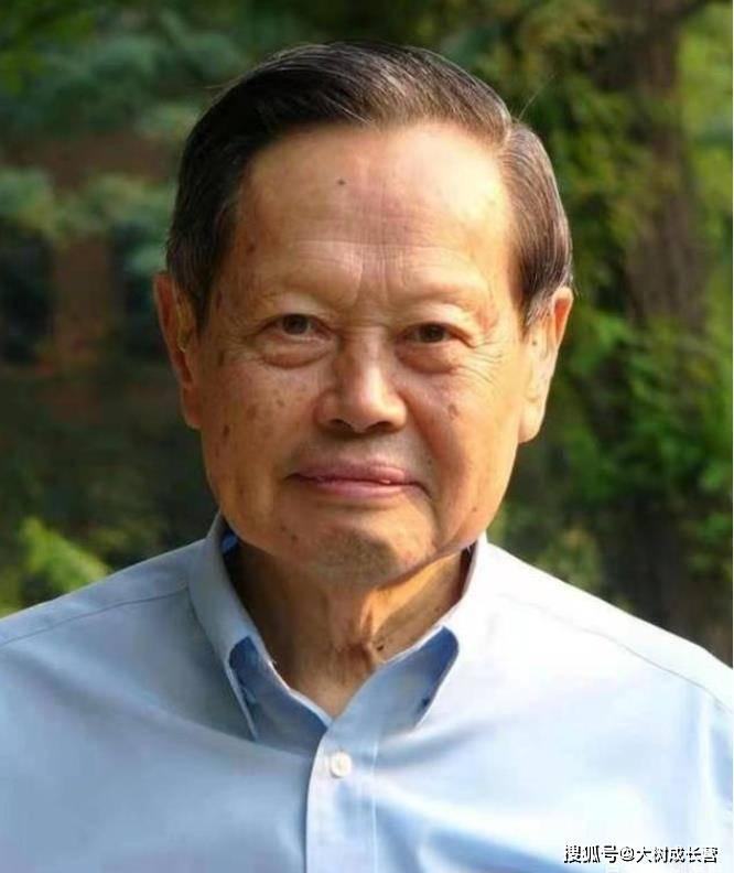 杨振宁先生迎来百岁生日!倡导设立中科大少年班,与姚班智班关联