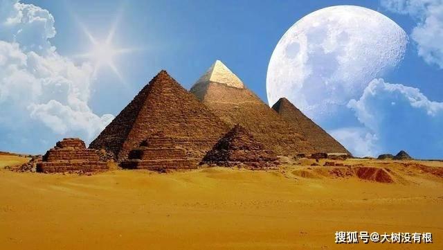 1977年,埃及出土一件亚麻衣裳,经过鉴定是五千年前的连衣裙