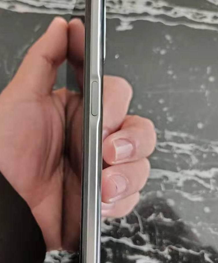 原创             挑战iPhone12 Pro Max?realme 真我 Q3 简评