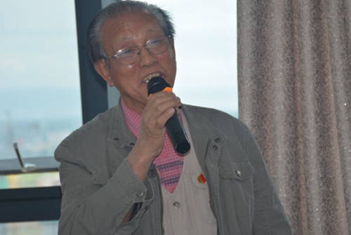 临池不辍写春秋,博采众长画人生--记新疆著名书画家安福斌先生的艺术人生