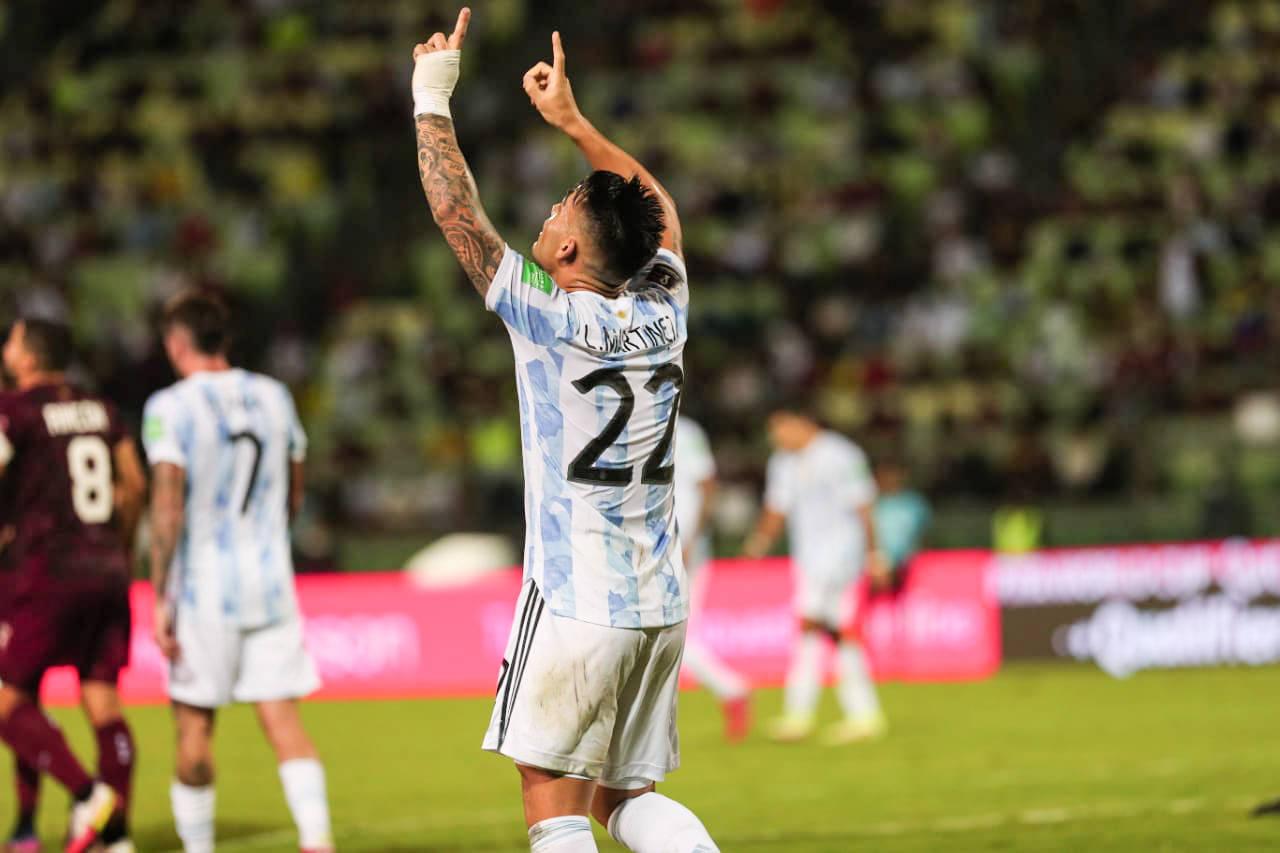 国米双煞助阿根廷起飞!劳塔罗传射建功 新援破门
