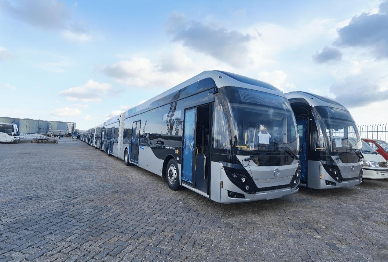 中国客车出口再添荣光!227辆金旅客车出口以色列