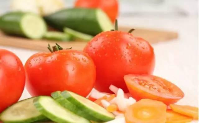 西红柿减肥食谱一周见效,瘦身不用饿肚子!