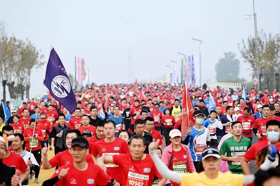 为跑步,每年平均花费11418元….跑者消费等级:你在哪一级?