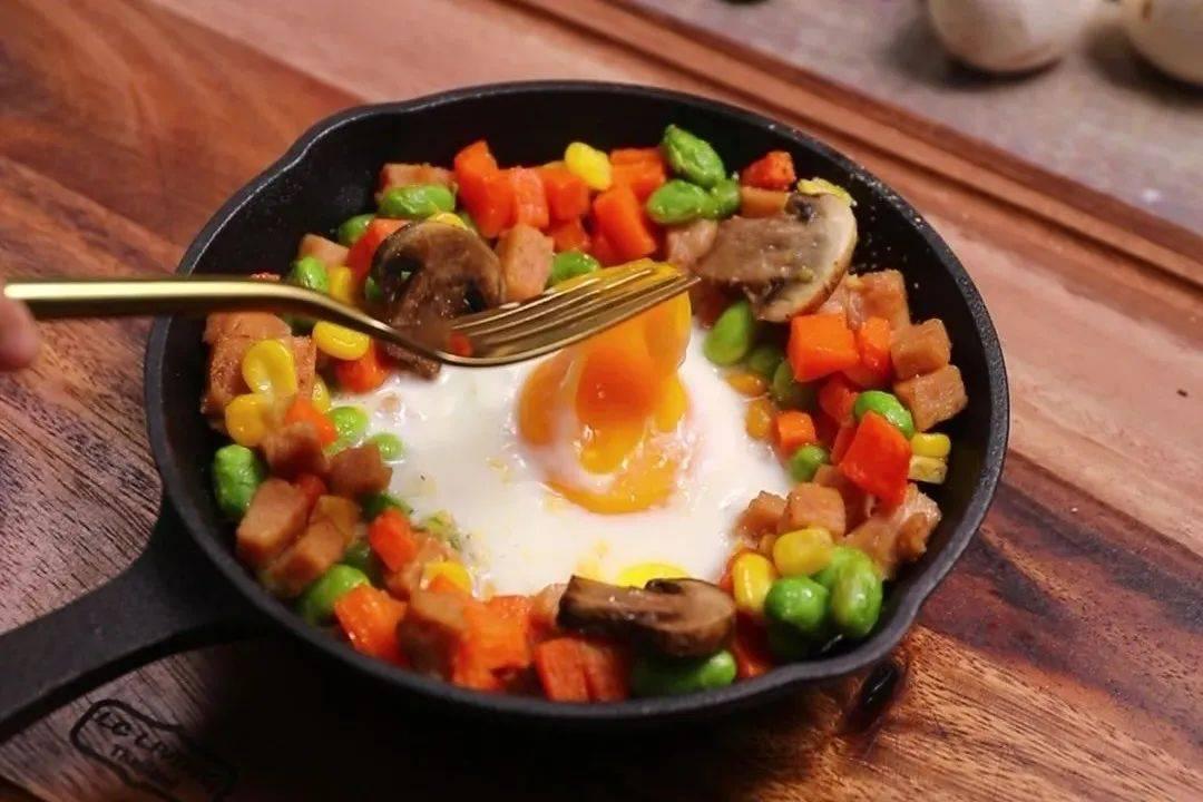 蔬菜火腿太阳蛋