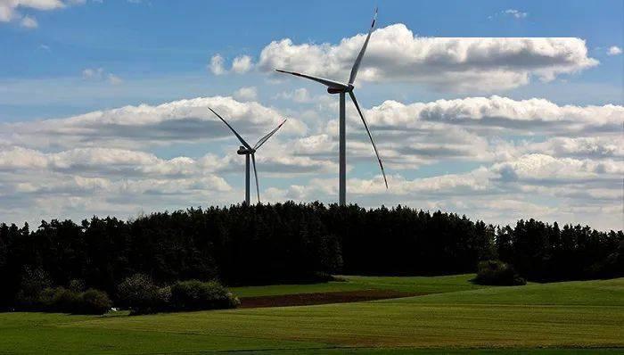 神华控股连续两年不得不出售其在6个风力发电项目中的股份