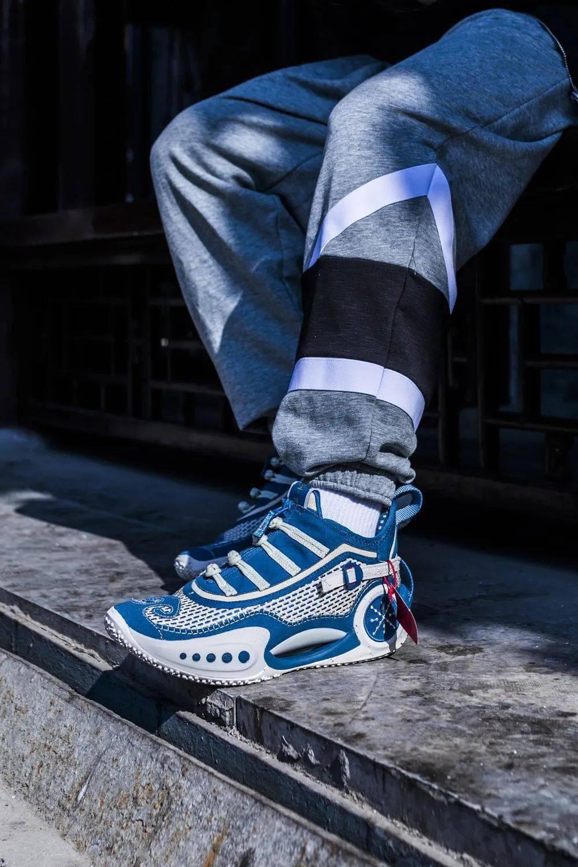 这些「超好玩新鞋」只有过年才能见!AJ1 钩子里灌水!还有超限量盲盒! 爸爸 第19张