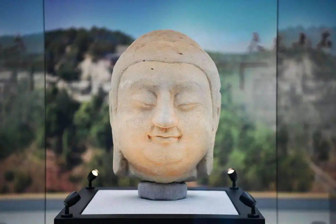 @在北京的山西人,春晚首次亮相的国宝天龙山石窟佛首,在这里可预约参观→  第1张