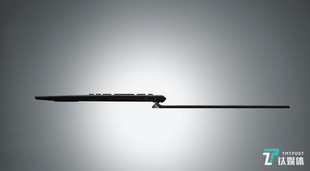 世界首款四面碳纤维笔记本电脑,VAIO Z正式发布   钛快讯