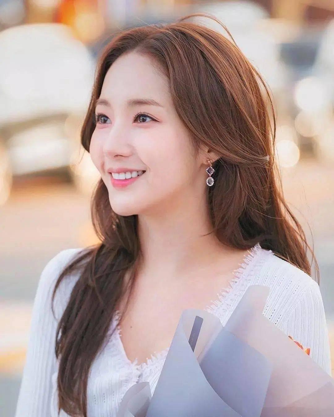 @小仙女 这些神仙发色不挑人还显白,你染了你就更美了!