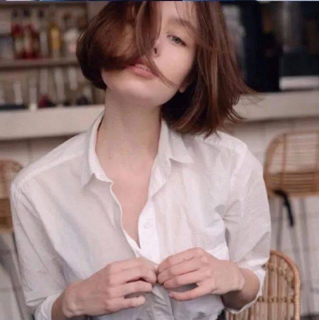 讲真,短发穿武松娱乐注册衣就是好看!!