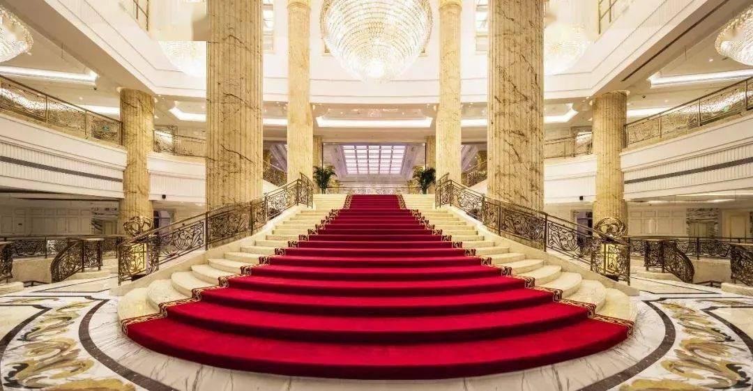 """【会友】399元/人,去""""西班牙城堡""""虹桥西郊庄园丽笙大酒店~"""