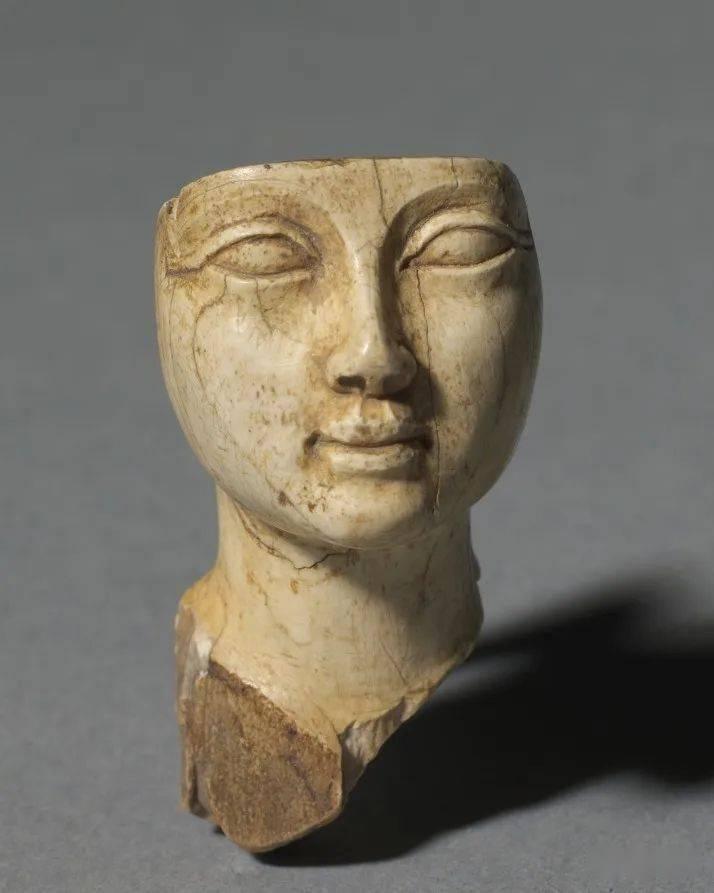 古 埃 及 藝 術
