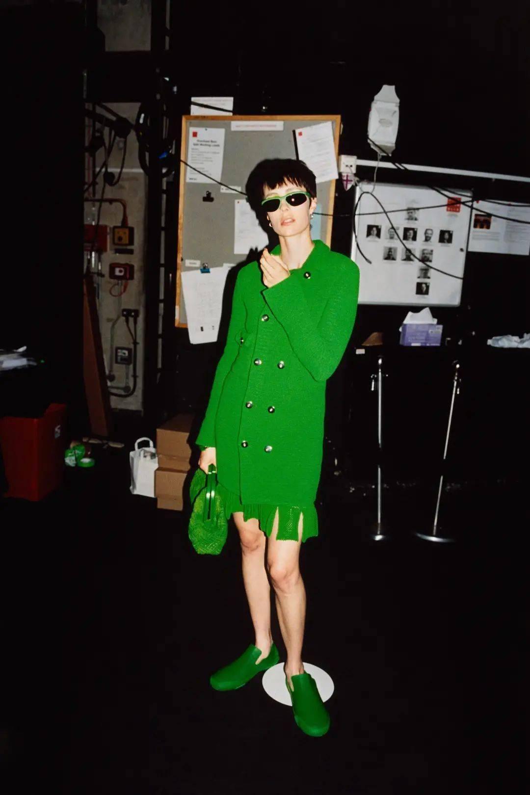 大牌都青睐的绿色,这样穿才好看~