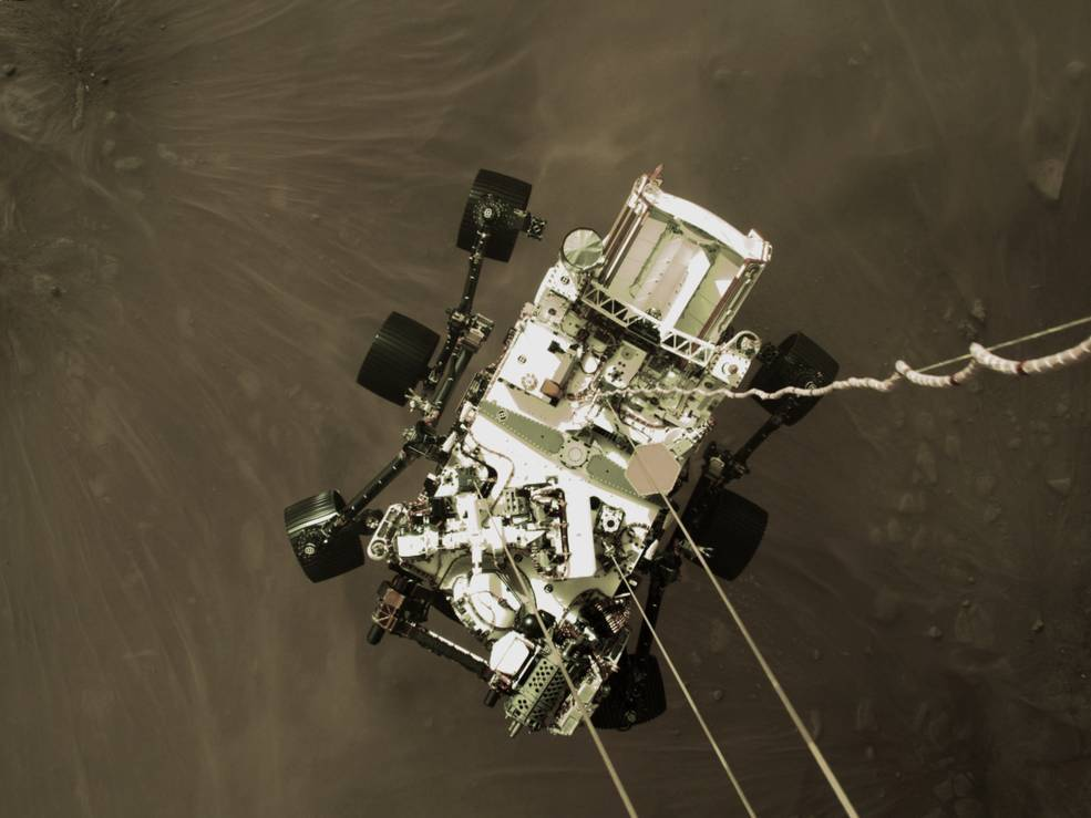 NASA公布首批登陆火星图像和音频