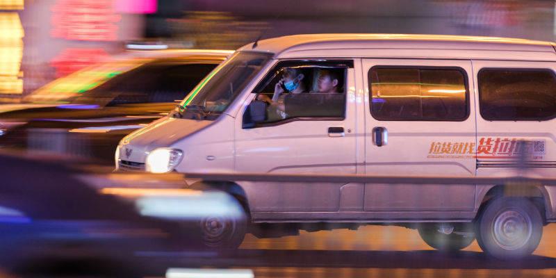 """货拉拉跳窗女孩""""永远搬不到的新家"""":事发17天后涉事司机被刑拘"""
