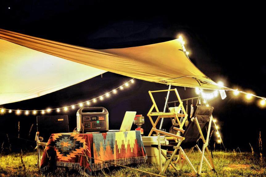 春游露营正当时,电小二户外电源成热门露营装备