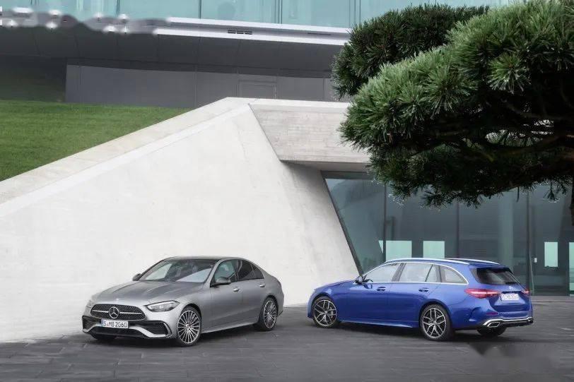 【同步发布】放弃六缸,全面拥抱四缸电力,新一代奔驰C级轿车/旅行车