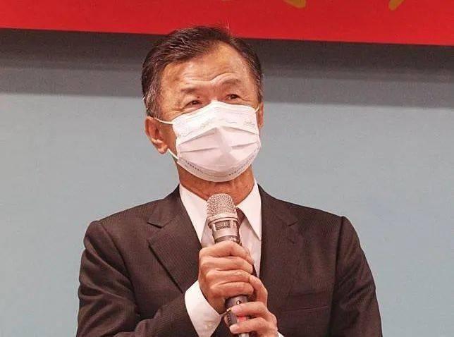 刘和平:大陆禁台湾菠萝进口,蔡英文还没整明白?_邱太三