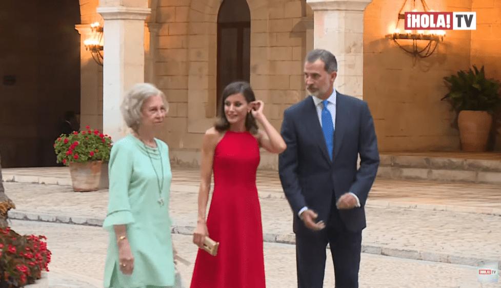 西班牙王室成员不包括在今年的加薪计划中。2021年他们的工资是多少?