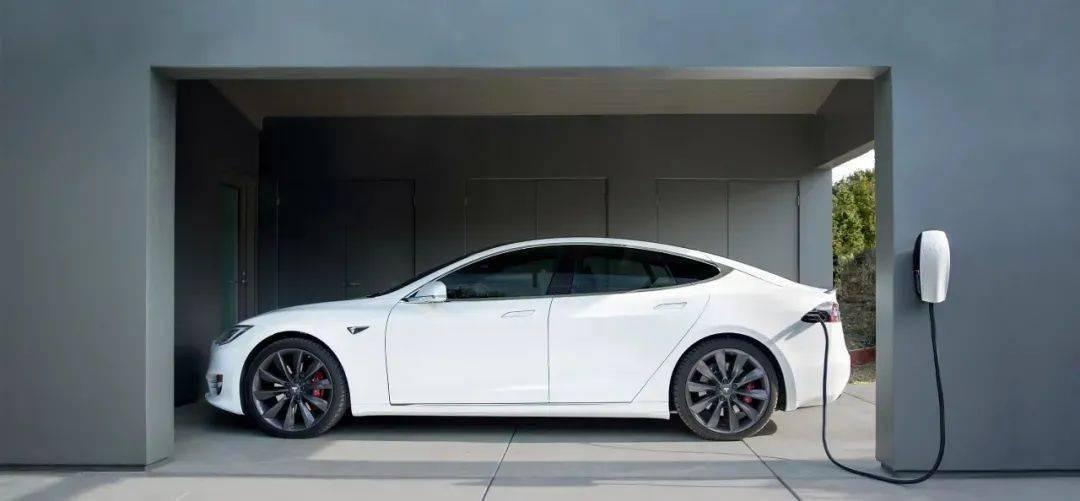 2020年全球电动汽车销量突破300万辆,中欧并驾齐驱,特斯拉|中国汽车报