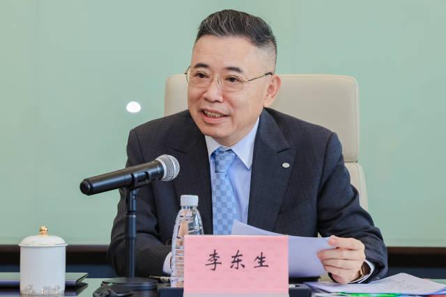全国人大代表李东生:建议加大网络诽谤处罚力度