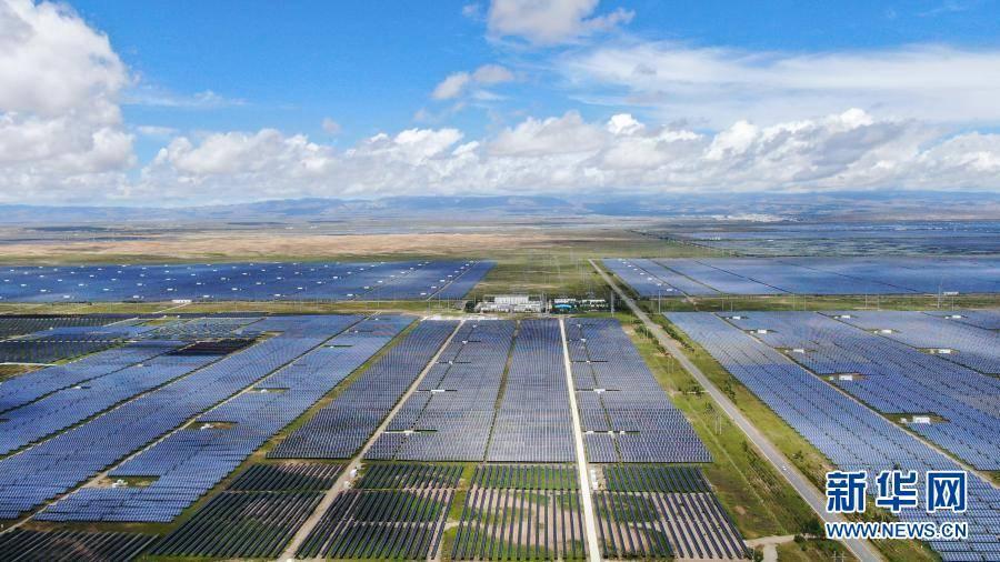 青海省:土地荒漠化土地资源超级变身新能源技术