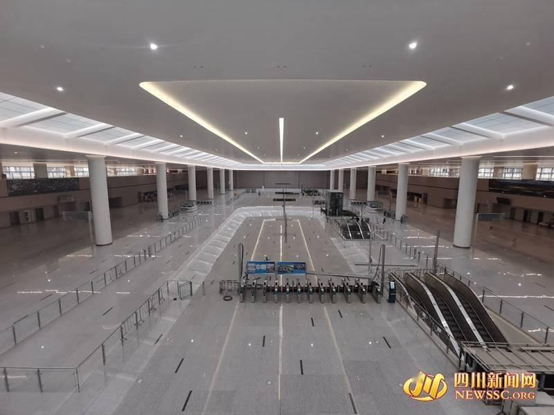 成都天府国际机场:无缝衔接换乘!川网记者带你亲临天府机场GTC