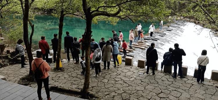 """石台县清明假日旅游市场""""加速回暖"""""""