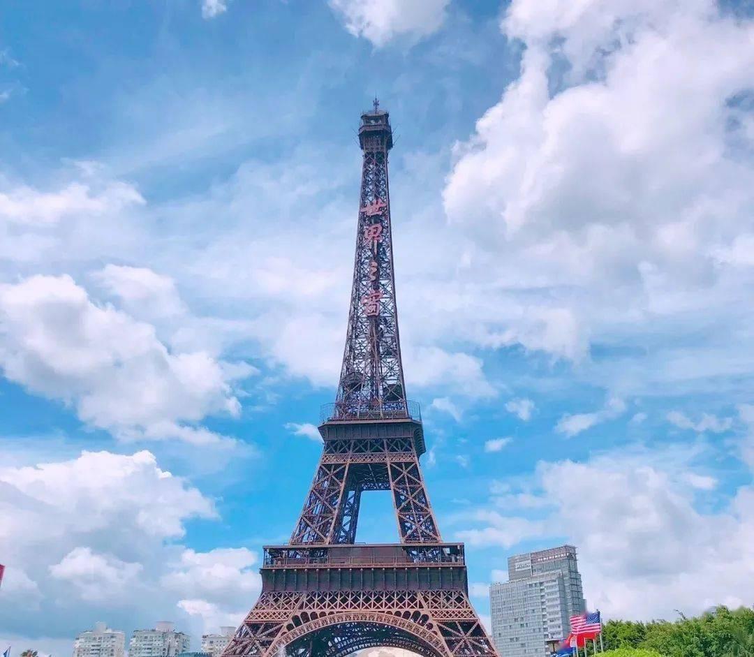 """在深圳""""环游世界""""!欧洲古堡、埃菲尔铁塔、罗马灯塔...都藏在这里!"""