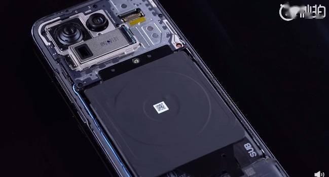 小米 11 Ultra 官方拆机视频公布:拥有50 MP 的三星 GN2 超大底主摄